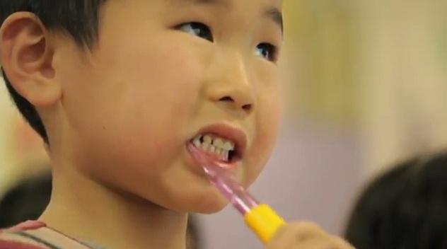 toothbrush hero1
