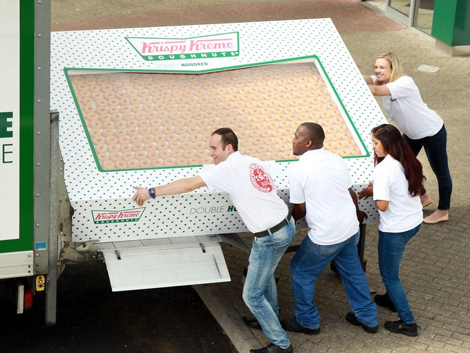 Krispy-Kreme-big-box002