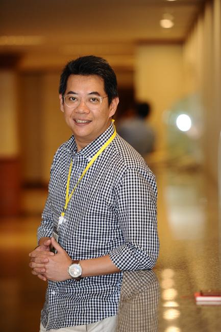 สรรค์ฉัตร จันทร์สระแก้ว, Managing Director, Dentsu Media(Thailand)