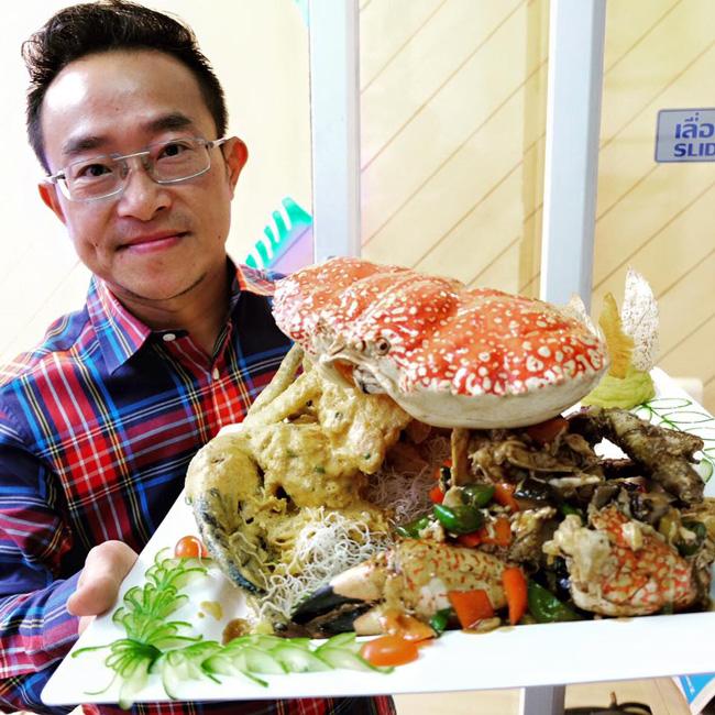 Tasmanian-King-Crab-ผัดไข่เค็ม-+-ผัดพริกไทยดำ