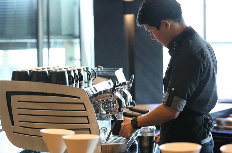 Starbucks Gaysorn_1