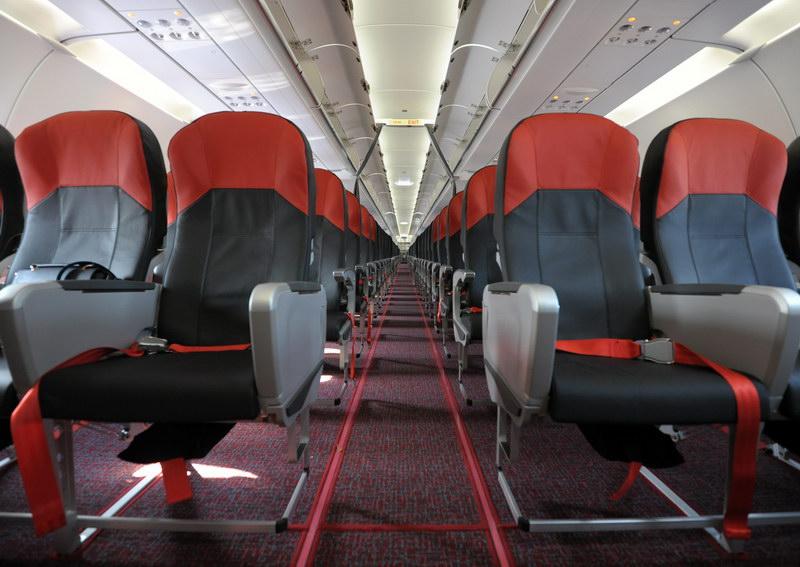 Resize Vietjet Aircraft interior