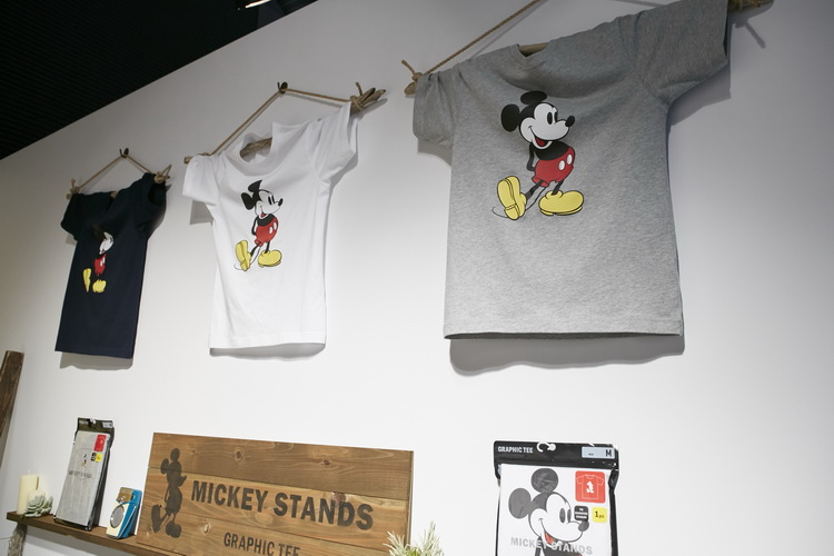 uniqlo-ut-2017-mickey-mouse